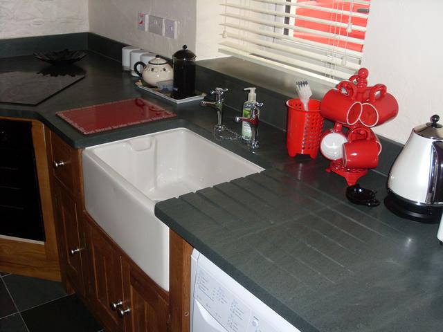 Kitchen worktops and flooring | Saddleback Slate